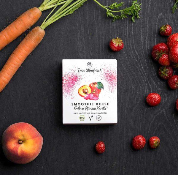 vegans Smoothie Snacks Erdbeer Pfirsich Karotte