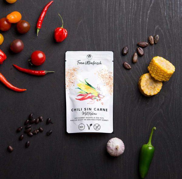 vegane Chili sind Carne mit Kakao als Fertiggericht aus der Tüte